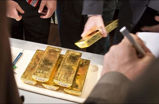 gold restricted 214x140 - UBS Bank Refuses to Hand Over 8 Kg of Gold to a German Client - Bitcoin Fixes This